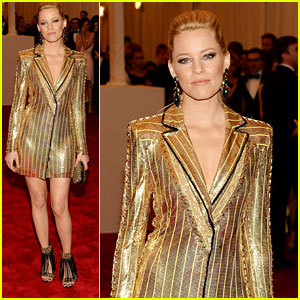 Elizabeth Banks - Met Ball 2013 Red Carpet