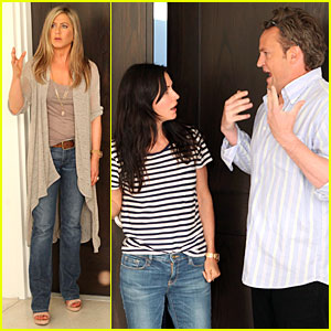 Jennifer Aniston: 'Friends' Reunion on 'Ellen'! | Courteney