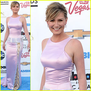 Jennifer Nettles - Billboard Music Awards 2013 Red Carpet