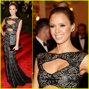 Jessica Alba - Met Ball 2013 Red Carpet
