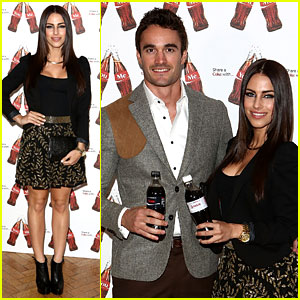 Thom Evans & Jessica Lowndes: Personalized Coke Bottles!