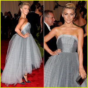 Julianne Hough - Met Ball 2013 Red Carpet