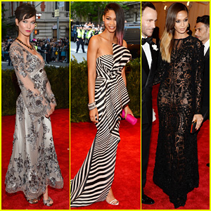 Karlie Kloss & Chanel Iman - Met Ball 2013 Red Carpet