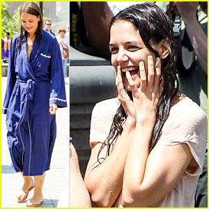 Katie Holmes: Soaking Wet for 'Mania Days'!