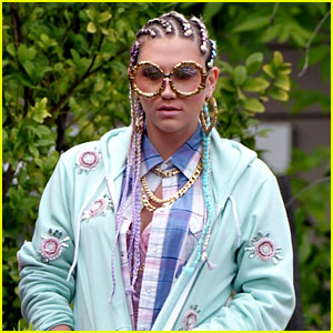 Ke$ha: Cornrows on 'Crazy Kids' Music Video Set!