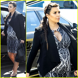 Kim Kardashian Films 'Keeping Up' at Kosher Food Store