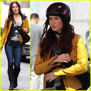Megan Fox: Biking Babe for 'Teenage Mutant Ninja Turtles'!