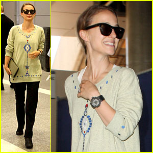 Natalie Portman Arrives in Los Angeles After Paris Trip