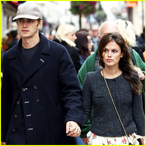 Rachel Bilson & Hayden Christensen Hold Hands at Cannes!