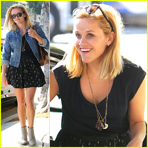 Reese Witherspoon: Barneys New York Shopper