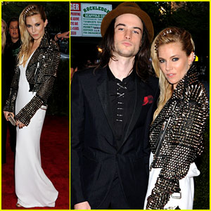 Sienna Miller & Tom Sturridge - Met Ball 2013 Red Carpet