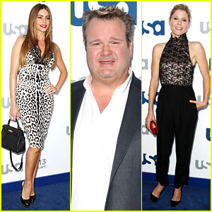 Sofia Vergara & Julie Bowen: 'Modern Family' at USA Upfront!