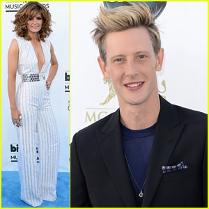 Stana Katic &#038; Gabriel Mann - Billboard Music Awards 2013 Red Carpet