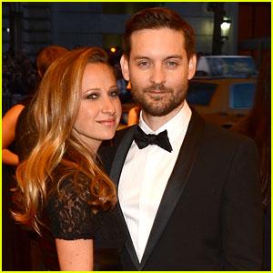 Tobey Maguire & Jennifer Meyer: Met Ball 2013 Red Carpet