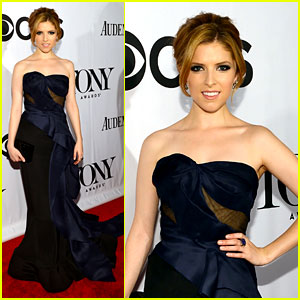 Anna Kendrick - Tony Awards 2013 Red Carpet