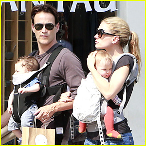 Anna Paquin & Stephen Moyer: Lunch with Charlie & Poppy!