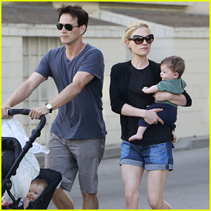 Anna Paquin & Stephen Moyer Stroll with Charlie & Poppy!