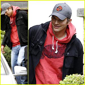 Ashton Kutcher Heads to Heathrow for Flight Out of London