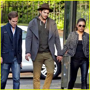 Ashton Kutcher & Mila Kunis: Sunday Stroll with Dave Clark!