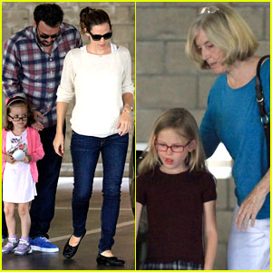 Ben Affleck & Jennifer Garner: Sunday Dinner with Ben's Mom