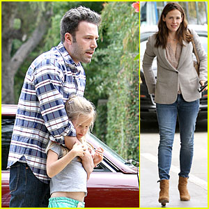 Ben Affleck: Doting Dad While Jennifer Garner is Away!