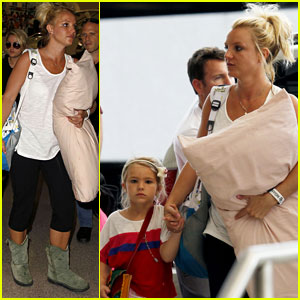 Britney Spears Leaves New Orleans with Sister Jamie Lynn