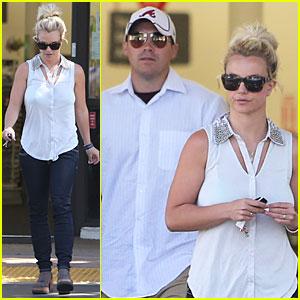Britney Spears: Summer of Hope Supporter!
