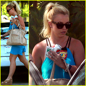 Britney Spears: Yoga Helps Me with My Anxiety!