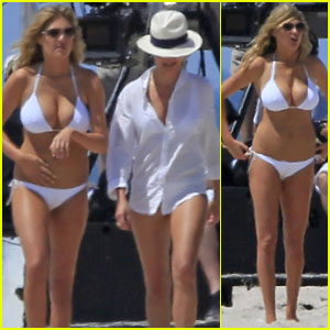Cameron Diaz & Kate Upton: Beach Bikinis for 'The Other Woman'