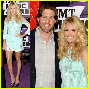 Carrie Underwood: CMT Music Awards 2013 with Mike Fisher!