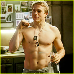 Charlie Hunnam: Shirtless in 'Pacific Rim'