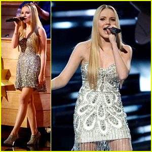 Danielle Bradbery: 'The Voice' Finale Performances (Video)