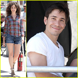 Emmy Rossum: Natural Curls for 'Comet'!