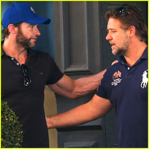 Hugh Jackman & Russell Crowe Reunite for Coffee Meeting!