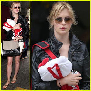 Ireland Baldwin Arrives in L.A. After Boarding Wrong Flight