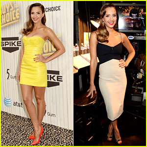 Jessica Alba - Guys Choice Awards 2013 Red Carpet