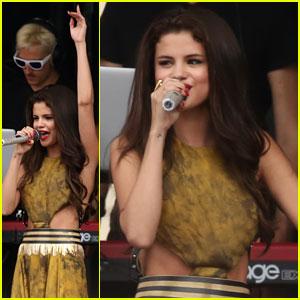 Selena Gomez: Free Concert in Boston!