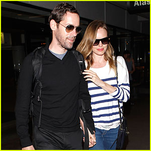 Kate Bosworth & Michael Polish Hold Hands After LAX Landing