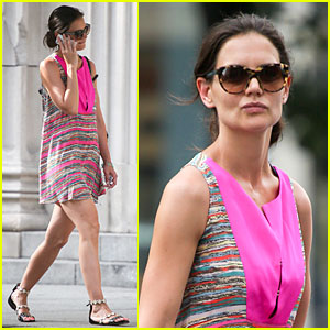 Katie Holmes: Summer Phone Chatter!