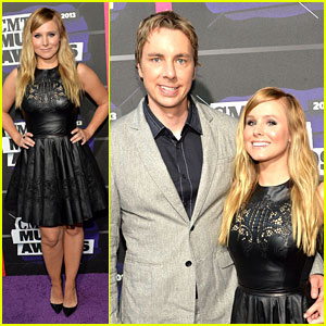 Kristen Bell: CMT Music Awards 2013 with Dax Shepard!