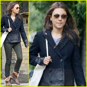 Mila Kunis: Rainy Walk in London
