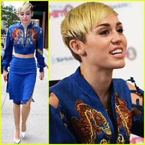 Miley Cyrus: New Hairdo for SiriusXM Visit!