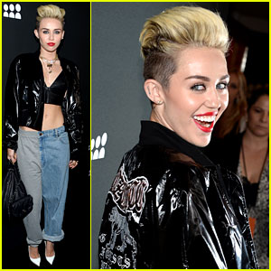 Miley Cyrus: Sweatpants & Jeans Combo at MySpace Event!