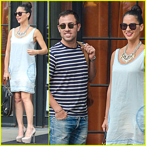 Olivia Munn: My 'Newsroom' Notes Become My Sheet Music!