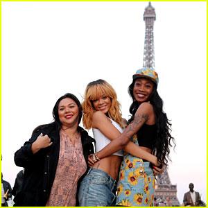 Rihanna: Eiffel Tower Photos with BFFs Melissa & Jennifer!