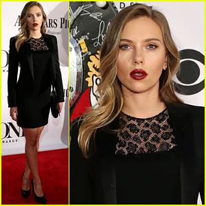 Scarlett Johansson - Tony Awards 2013 Red Carpet