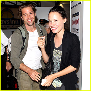 Scott Speedman & Camille De Pazzis: LAX Lovers!