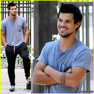 Taylor Lautner Sweats It Out for 'Tracers' in Queens!