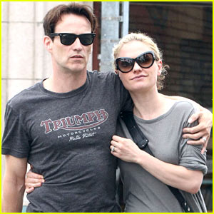 Anna Paquin & Stephen Moyer Lunch Before 'Chicago' Closing