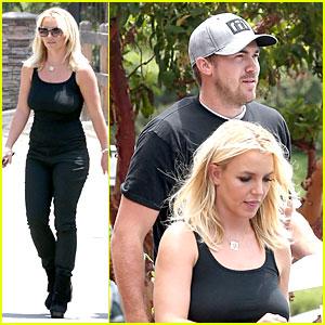Britney Spears & David Lucado: Matching Black at Napa Tavern!